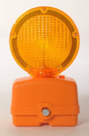 "<a href=""https://www.signel.ca/product/lumiere-de-barricade/"">Lumière de barricade</a>"