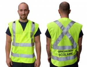 """<a href=""""https://www.signel.ca/en/product/veste-brigadier-scolaire/"""">Veste brigadier scolaire</a>"""