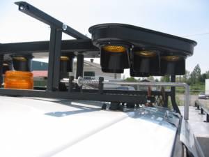 """<a href=""""https://www.signel.ca/product/installation-sur-toit-pour-support-de-fleche-sfb1xx/"""">Installation sur toit pour support de flèche SFB1xx</a>"""