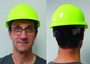 "<a href=""https://www.signel.ca/product/casque-pour-signaleur-jaune-vert-fluo/"">Casque pour signaleur jaune-vert fluo</a>"