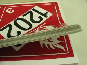 """<a href=""""https://www.signel.ca/product/decalques-etiquettes-et-enseignes/"""">Décalques / étiquettes et enseignes</a>"""