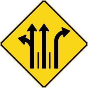 """<a href=""""https://www.signel.ca/product/signal-avance-de-direction-de-voies-a-gauche-ou-tout-droit-et-tout-droit-et-a-droite/"""">Signal avancé de direction de voies à gauche ou tout droit et tout droit et à droite</a>"""