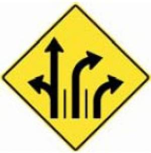 """<a href=""""https://www.signel.ca/product/signal-avance-de-direction-des-voies-a-gauche-ou-tout-droit-a-droite-et-a-droite/"""">Signal avancé de direction des voies à gauche ou tout droit, à droite et à droite</a>"""