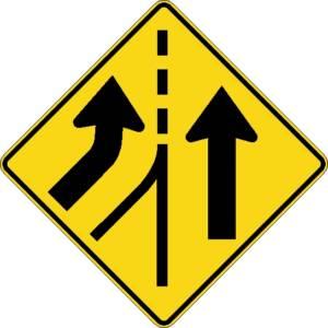 """<a href=""""https://www.signel.ca/product/voies-paralleles-avec-entree-a-gauche/"""">Voies parallèles avec entrée à gauche</a>"""