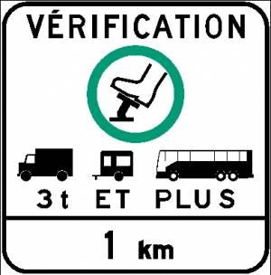 """<a href=""""https://www.signel.ca/product/signal-avance-verification-des-freins-vehicules-3-t-et-plus-1-km-panneau/"""">Signal avancé vérification des freins, véhicules 3 t et plus, 1 km (Panneau)</a>"""